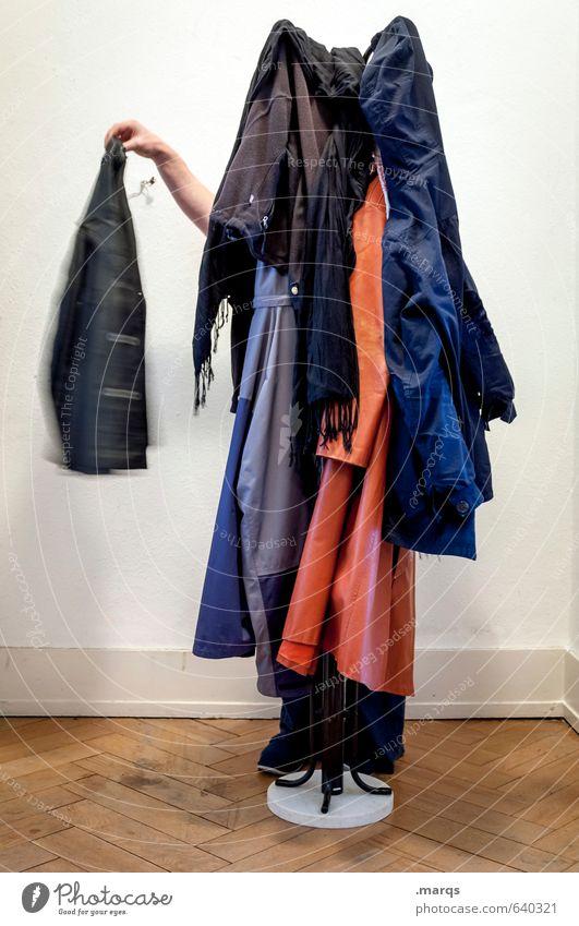 1900 | Aufhänger Häusliches Leben Wohnung Kleiderständer Mensch Arme Bekleidung Jacke Mantel Schal außergewöhnlich lustig mehrfarbig skurril Diener