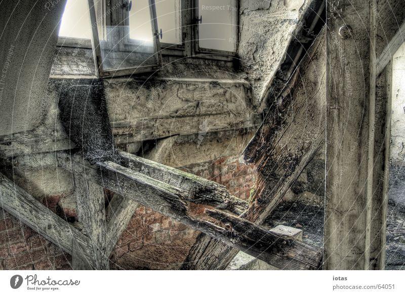 abandoned barracks schön alt grün rot ruhig Einsamkeit Farbe Stil Fenster Holz Traurigkeit Gebäude orange dreckig Deutschland