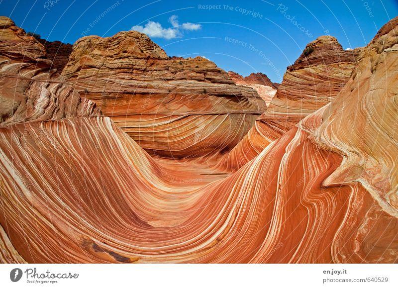 menschenleer Himmel Natur Ferien & Urlaub & Reisen blau Farbe Landschaft Ferne außergewöhnlich Felsen orange Wellen Tourismus fantastisch einzigartig Abenteuer