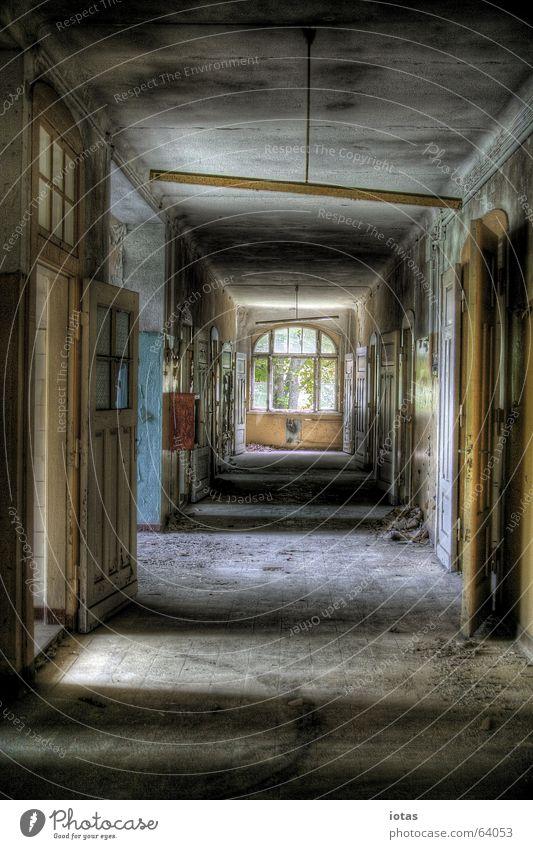 abandoned barracks schön alt rot ruhig Einsamkeit Farbe Stil Fenster Traurigkeit Gebäude orange Angst dreckig Deutschland Tür