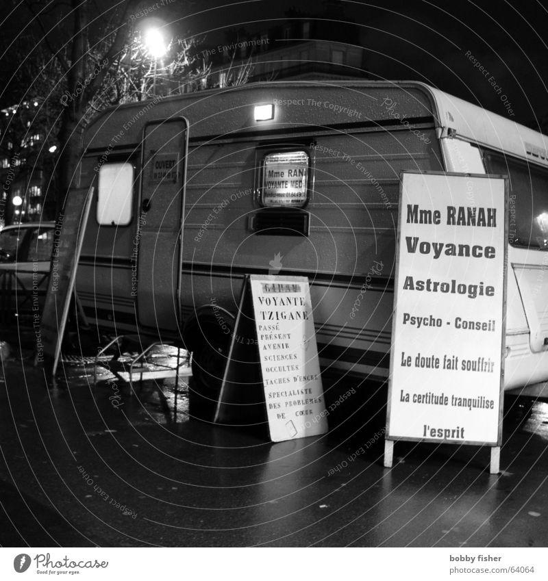 paris religion 3 Religion & Glaube Hoffnung geheimnisvoll Paris Frankreich Wohnwagen