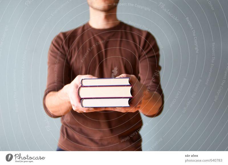 Kein-dle Mensch Jugendliche Mann Hand Junger Mann Erwachsene Schule maskulin Erfolg Buch Studium lernen lesen T-Shirt Neugier Bildung