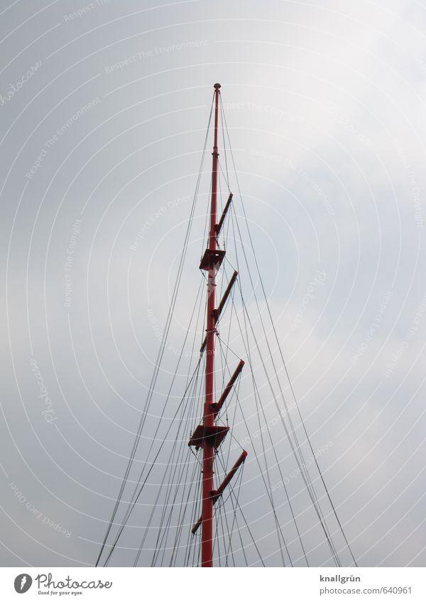Takelage Segeln Himmel Wolken groß hoch blau weiß Sport Mast Seil Spieren Segelschiff Farbfoto Außenaufnahme Menschenleer Textfreiraum links Textfreiraum rechts