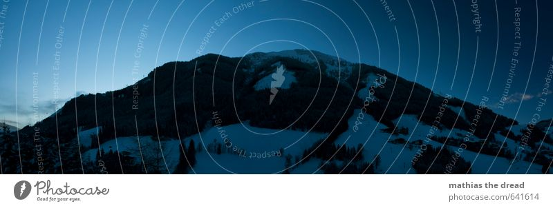 DER BERG VI Himmel Natur blau schön Baum Landschaft Winter dunkel kalt Wald Berge u. Gebirge Umwelt Schnee außergewöhnlich Horizont groß