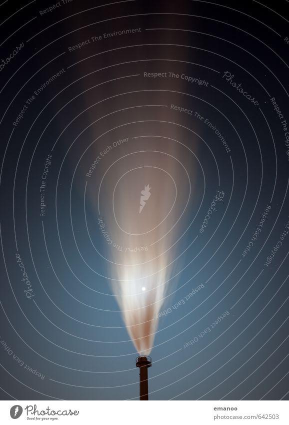 CO2 Himmel blau dunkel Energiewirtschaft Luft dreckig Technik & Technologie bedrohlich Industrie Sauberkeit Rauch Abgas Mond Schornstein Gas Klimawandel