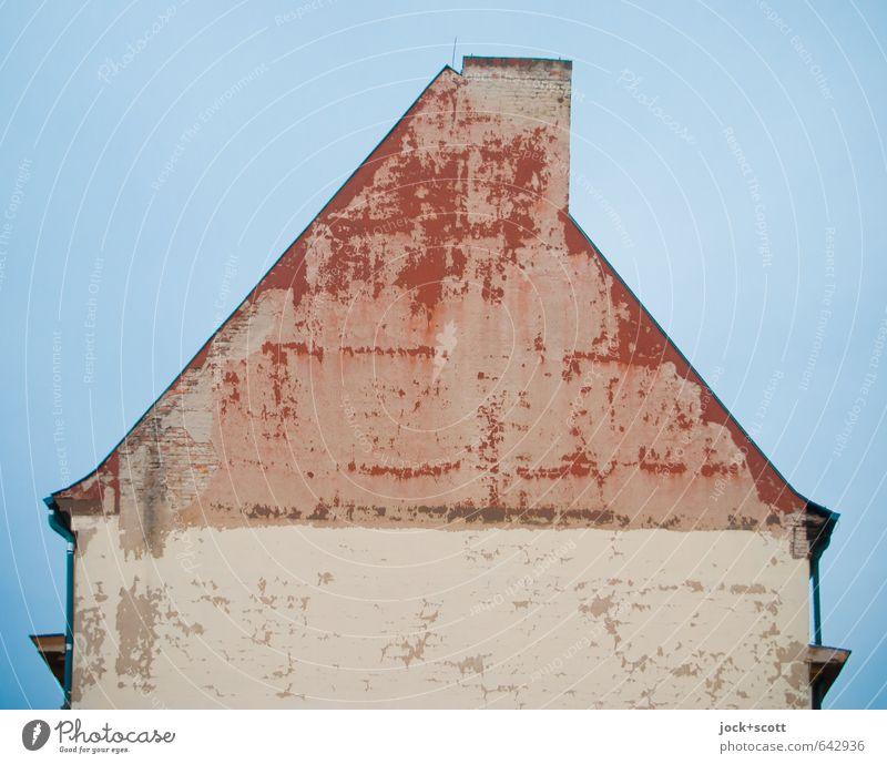 voraus durchaus das Haus vom Nikolaus alt blau Stadt rot Stil Fassade trist authentisch einfach Vergänglichkeit Dach retro Zeichen Wolkenloser Himmel Verfall