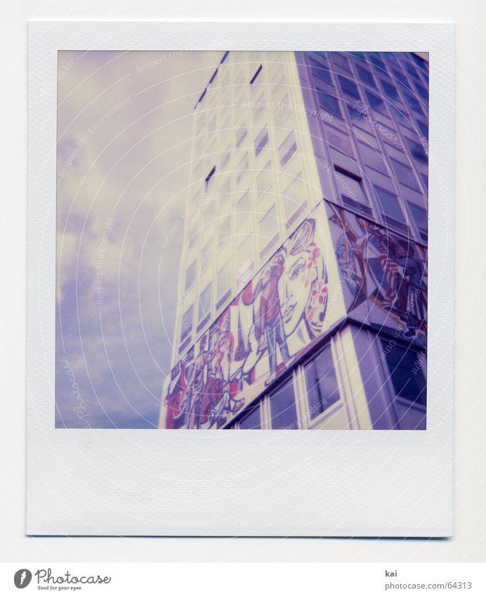 Berlin Alexanderplatz I Himmel Wolken Haus Deutschland Hochhaus retro historisch Vergangenheit Hauptstadt Polaroid DDR Nostalgie Stadt