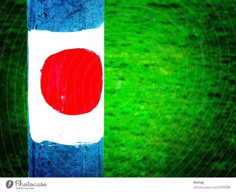 auf nach Japan wandern Sonne Wiese Macht Fahne Hinweisschild Fußweg Japan Stab Grüner Tee