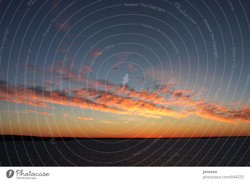 Sonnenaufgang über'm Skagerak Himmel Natur blau schön Meer Wolken Ferne Gefühle hell Horizont Stimmung orange Schönes Wetter Beginn Unendlichkeit Kitsch