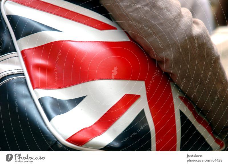 good ol' britain weiß blau rot Ferien & Urlaub & Reisen Arme retro Fahne Tasche England Wien tragen unterwegs Naht Großbritannien Ausland Patriotismus