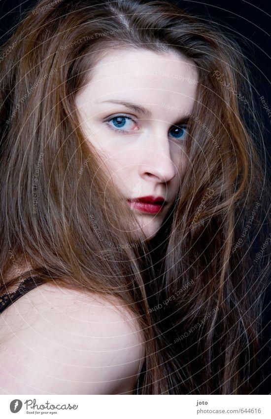 augenblick elegant schön Haare & Frisuren Haut Gesicht Kosmetik Schminke Lippenstift Flirten feminin Junge Frau Jugendliche langhaarig Erotik nackt ästhetisch