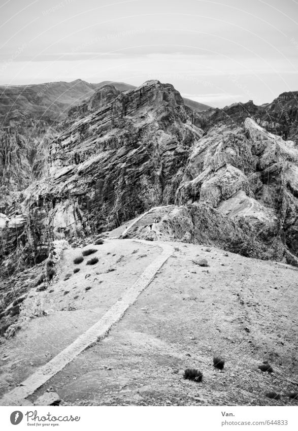 oben Himmel Natur Landschaft ruhig Berge u. Gebirge Felsen Sträucher wandern Gipfel
