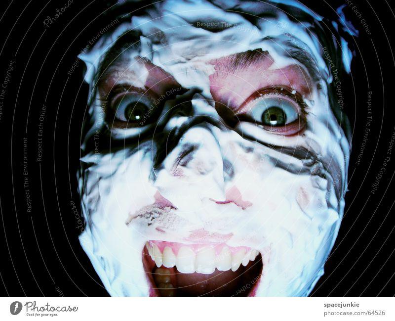 Das Rasierschaummonster Mensch Mann grün Gesicht schwarz Auge dunkel Angst verrückt Gewalt Körperpflege böse Freak Rasieren beängstigend