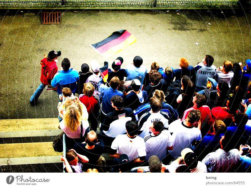 32 Milliarden Zuschauer Freude Sport Spielen Fußball Freizeit & Hobby Fan Applaus Gully Stadion Trikot Eintrittskarte Tribüne Stehplatz