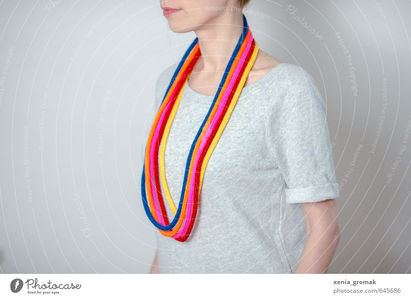Regenbogenkette Mensch Frau Jugendliche blau rot Junge Frau gelb Erwachsene Leben feminin Feste & Feiern Mode rosa Freizeit & Hobby orange Lifestyle