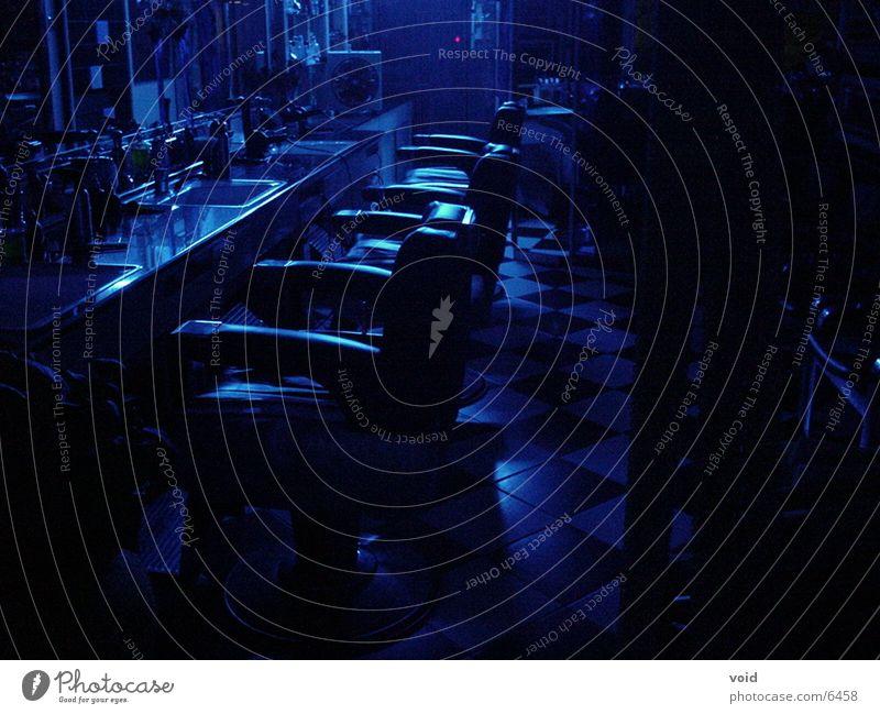 Friseursalon Nacht blau Stuhl