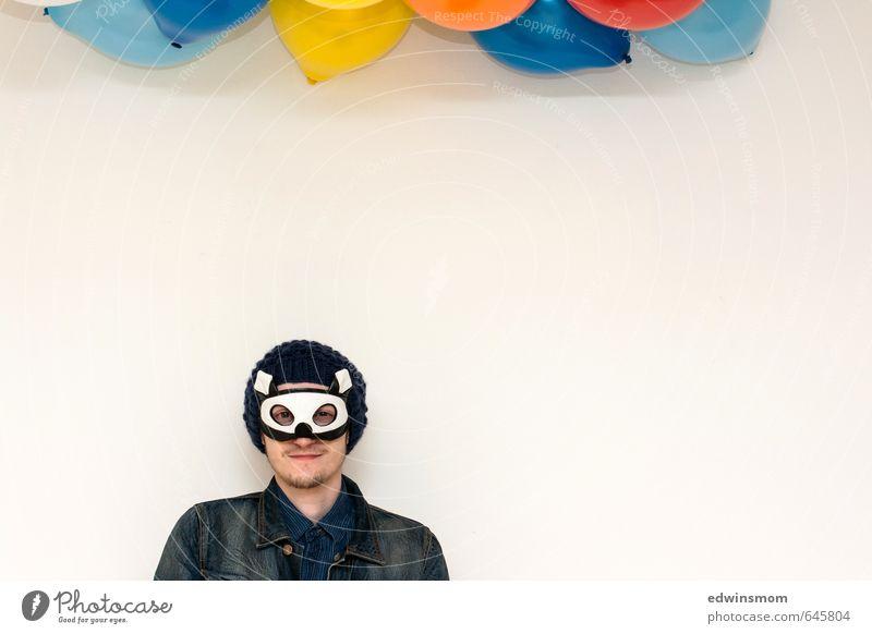 Super Hero maskulin Junger Mann Jugendliche Gesicht Mund 1 Mensch 18-30 Jahre Erwachsene Jacke Accessoire Maske Mütze Oberlippenbart Luftballon gebrauchen