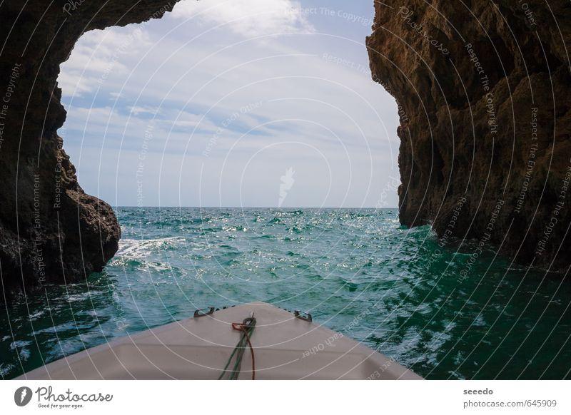 Ferien & Urlaub & Reisen Wasser Sommer Meer Felsen Horizont Freizeit & Hobby Tourismus Schönes Wetter Abenteuer entdecken Sommerurlaub Segeln Segelboot Atlantik