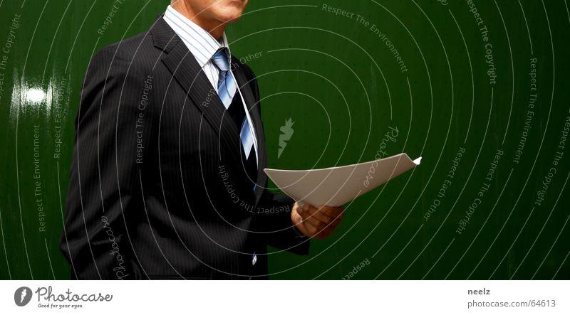 Guy Stil Business Arbeit & Erwerbstätigkeit Papier Kommunizieren Ziel Schriftstück Wissenschaften Anzug Geschäftsleute Leiter Zettel Rede Bildung Krawatte