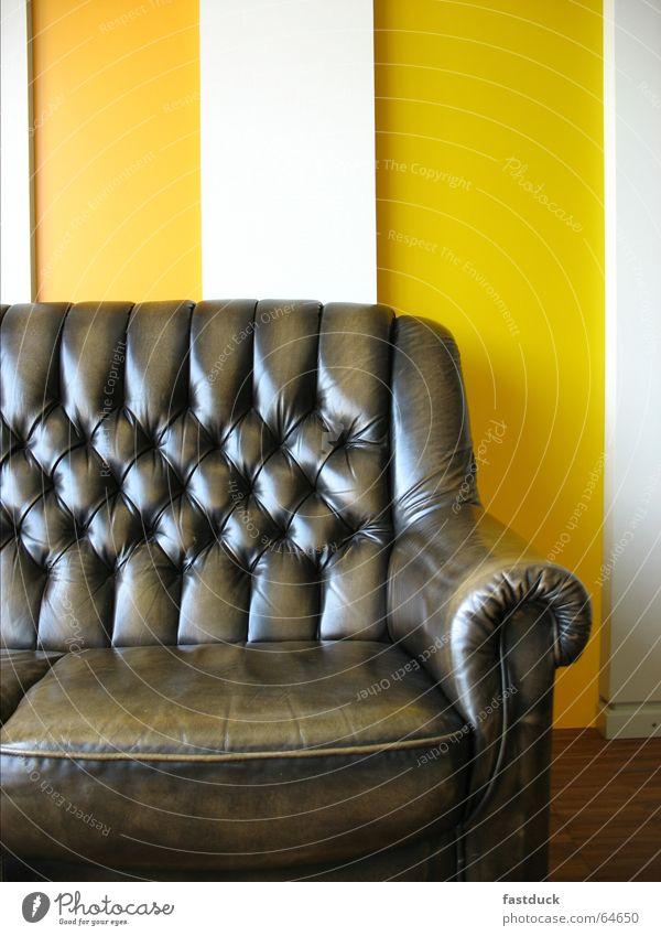 Freud 2006 2te alt weiß gelb Erholung braun neu Sofa