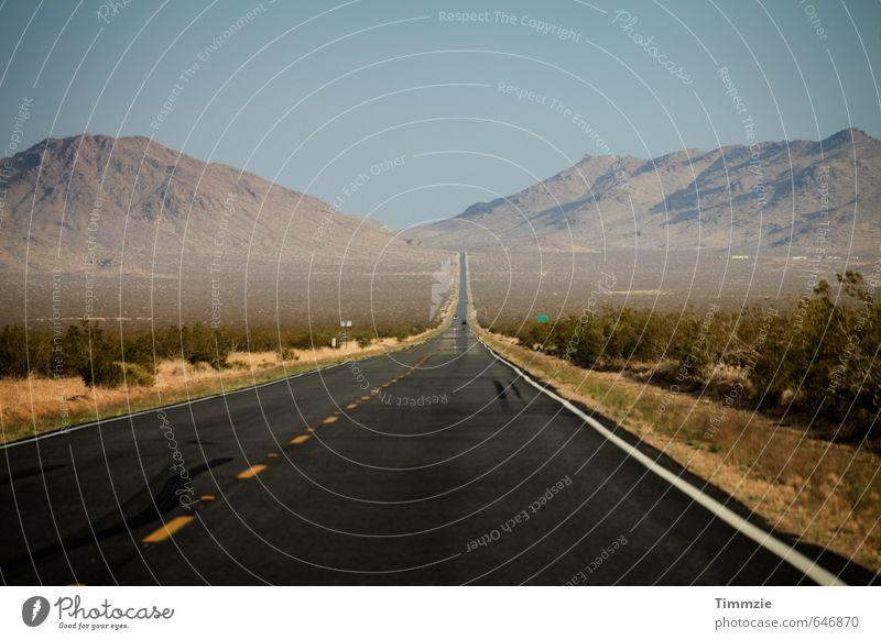 road, California Sommer Hügel Berge u. Gebirge Wüste Verkehrswege Straße Wege & Pfade Linie Ferien & Urlaub & Reisen Ferne USA Kalifornien Außenaufnahme Tag