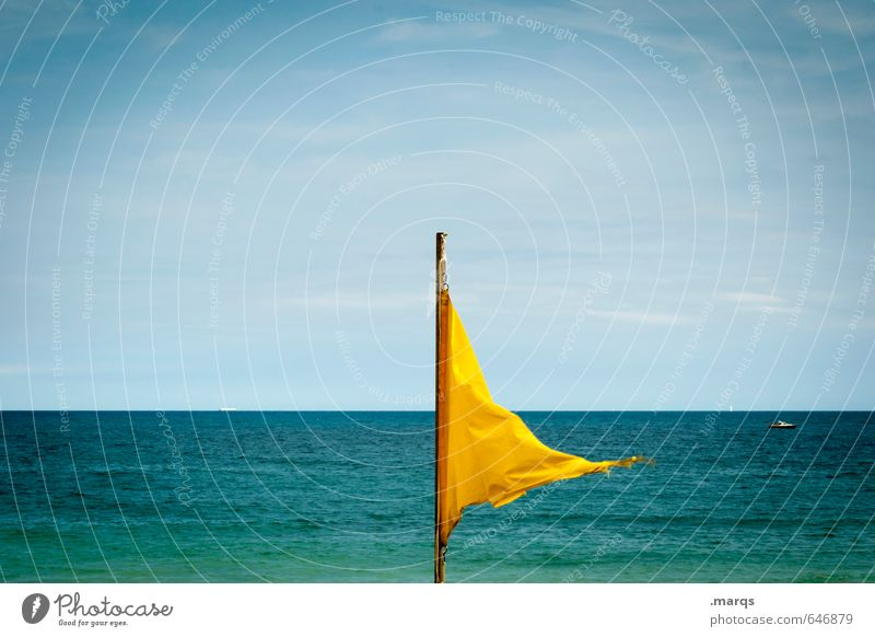 Brise Wohlgefühl Ferien & Urlaub & Reisen Tourismus Ferne Freiheit Sommerurlaub Meer Natur Wasser Himmel Horizont Schönes Wetter Wind Zeichen Fahne Erholung