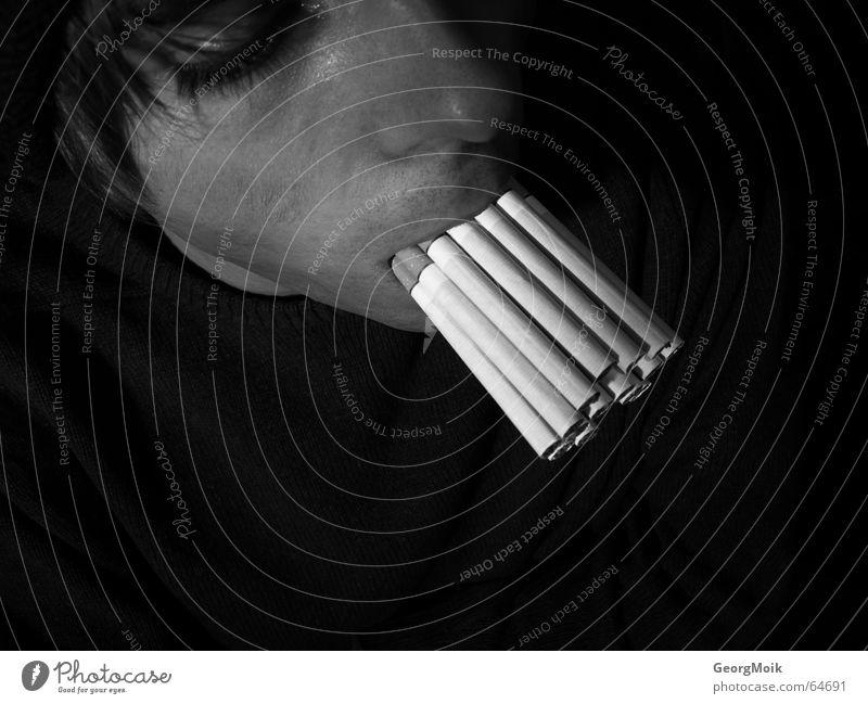 der goldene zug Zigarette Nikotin mehrere Bad Zigarettenmarke brennen Vergänglichkeit schwarz dunkel Mann coffin nail coffin-nail todesurteil sentence of death