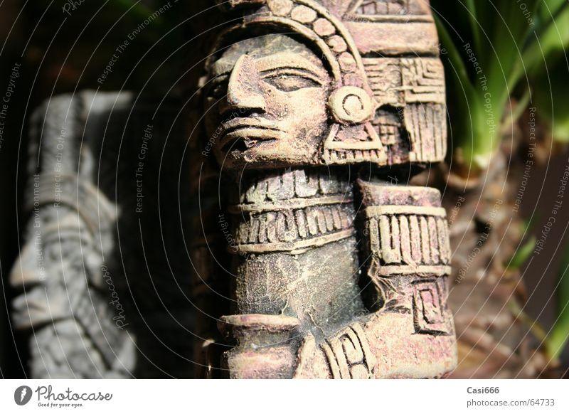 Tomb Raider: The return Statue Urwald Inka Maya Ausgrabungen Archäologie Kultur untergehen vergessen verloren Kunst Indiana tomb raider lara croft jones Mexiko