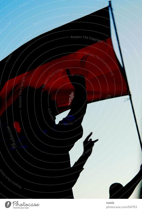 Chilldren of the Revolution Applaus WM 2006 Fan Fahne Ausgelassenheit Zusammensein Feste & Feiern Fußball Deutschland Freude Wiedervereinigung