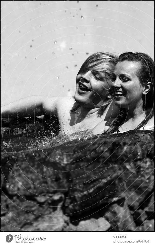 fontain Mensch grinsen bw fun sun water day wedding cold