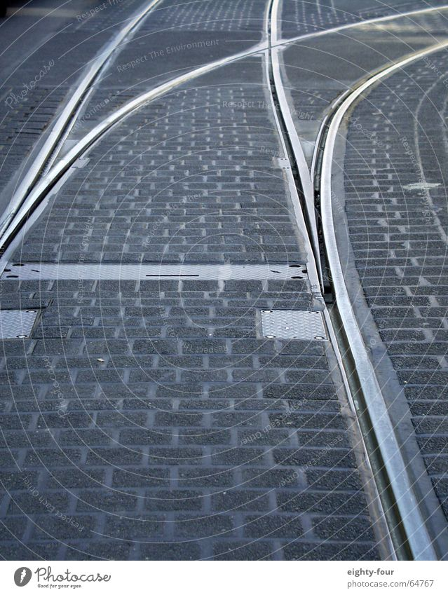 gleisstudie_06 Asphalt Beton Straßenbahn fahren Verkehr grau Kopfsteinpflaster Gleise Eisenbahn Weiche eighty-four Fahrbahnmarkierung