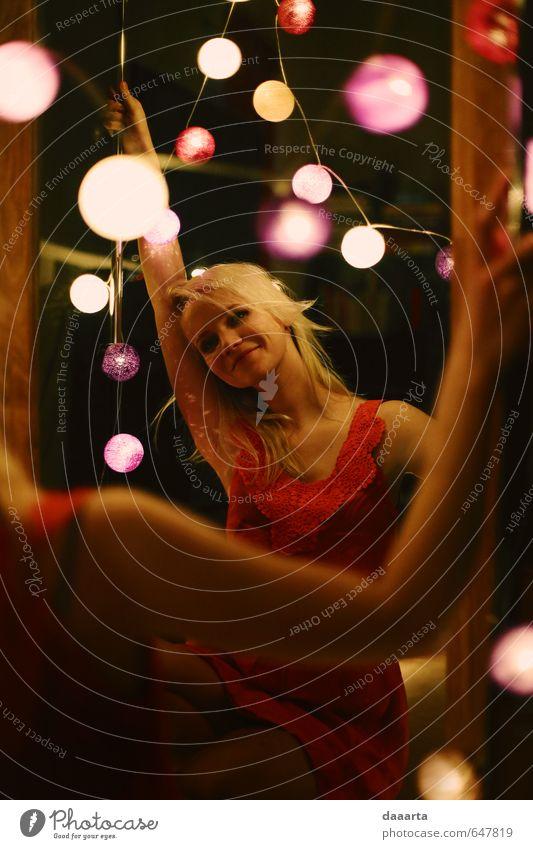 Mensch Jugendliche schön Junge Frau Freude 18-30 Jahre Erwachsene Erotik Leben feminin Feste & Feiern träumen Party glänzend elegant Musik