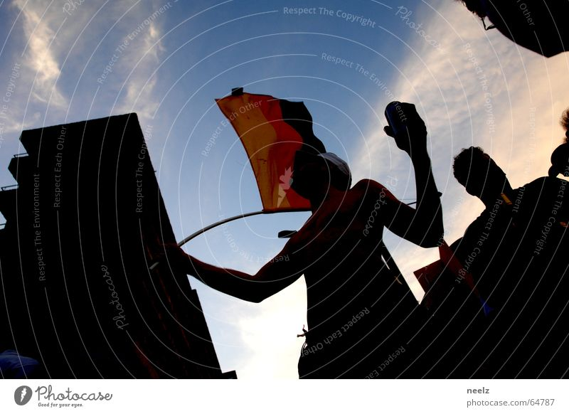 Deutschland Sommer 2006 Freude Feste & Feiern Weltmeisterschaft Fahne Applaus Sportveranstaltung heiter WM 2006