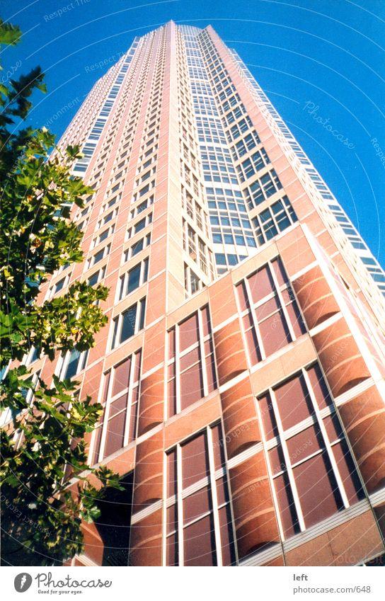 Messeturm Architektur Hochhaus Turm Frankfurt am Main Messeturm