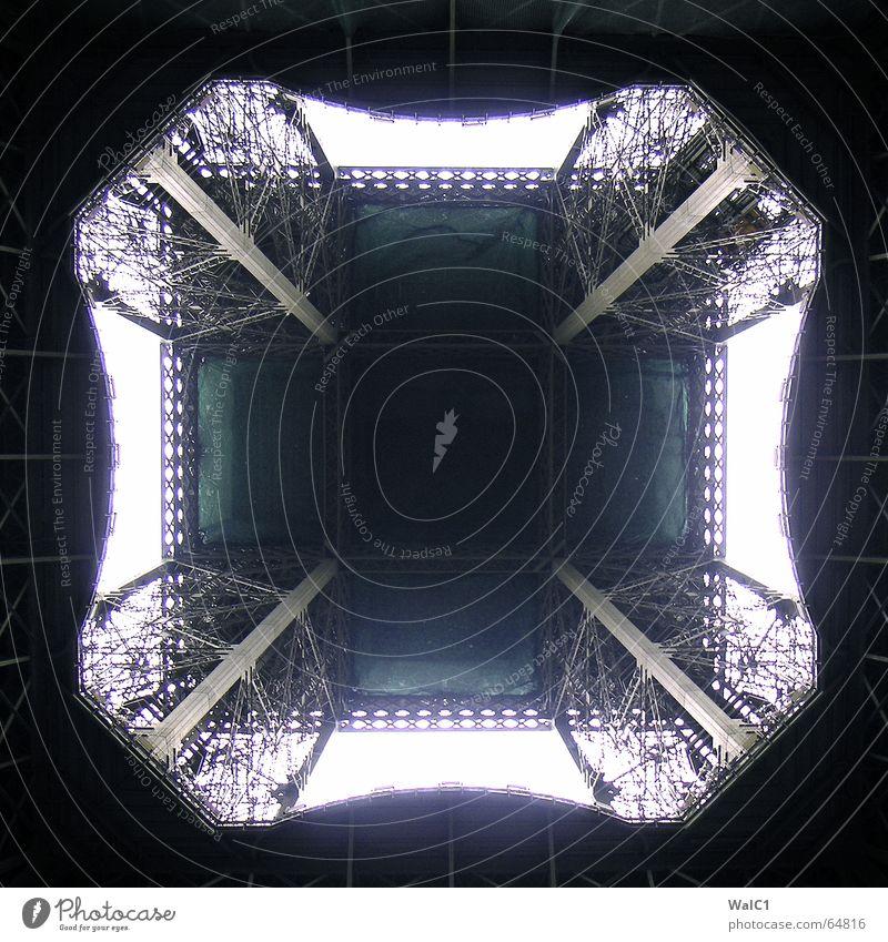 Zentral unten Metall Paris Frankreich Bauwerk Wahrzeichen Tour d'Eiffel