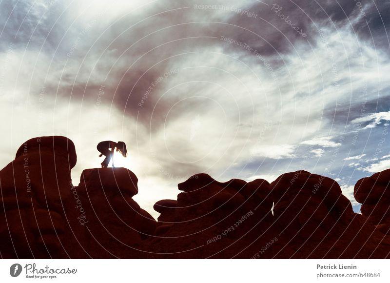 Get up stand up Mensch Frau Himmel Natur Pflanze Landschaft Wolken Erwachsene Umwelt Leben feminin träumen Luft Wetter Körper Urelemente