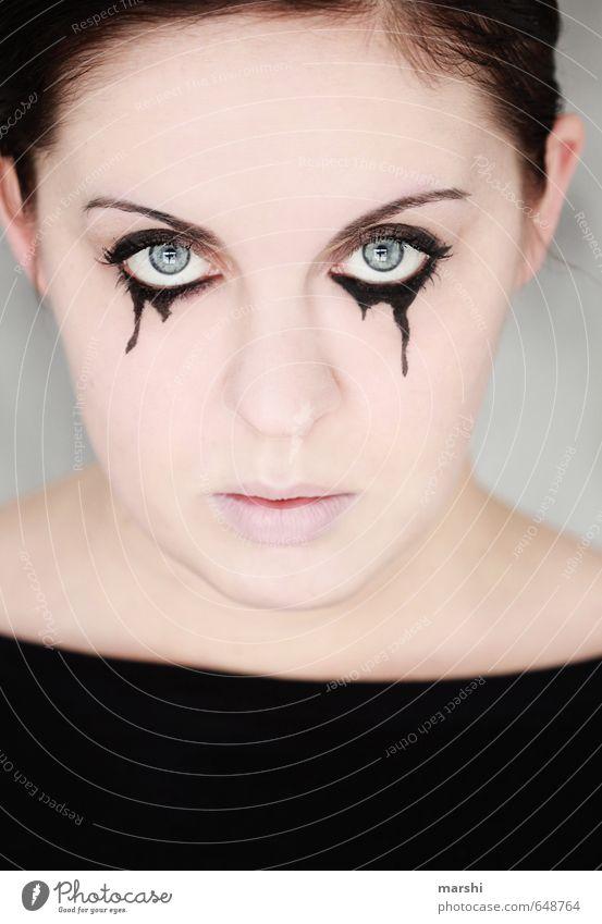 tief in mir... Mensch Frau Jugendliche Junge Frau Erwachsene Traurigkeit Gefühle feminin Tod Kopf Stimmung elegant Zeichen Trauer Wut