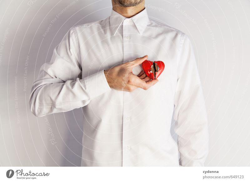 Ende Gesundheit Mensch Mann Erwachsene Hand 18-30 Jahre Jugendliche Hemd Herz Stress Beratung Partnerschaft Einsamkeit Enttäuschung Frustration Gefühle
