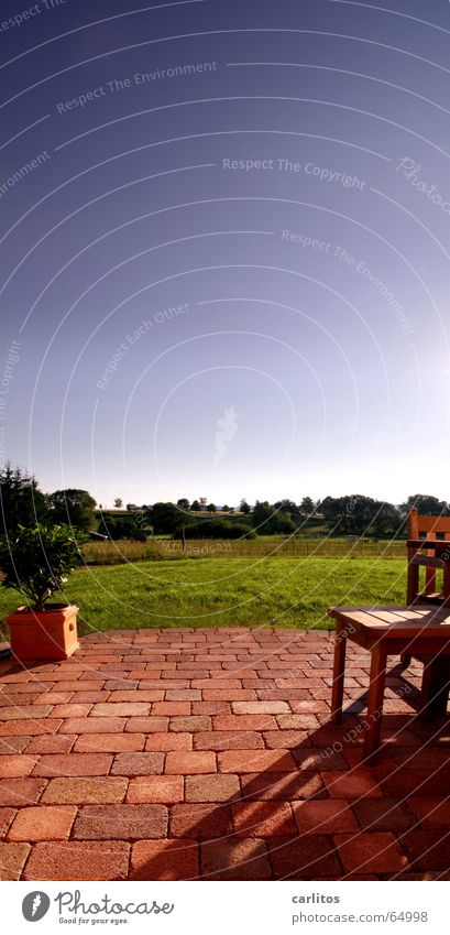 Bad Meingarten Terrasse Terrakotta Wiese Ferien & Urlaub & Reisen Sommer Balkon Panorama (Aussicht) kirschlorbeer gartenmöbel Garten Rasen Himmel blau Sonne