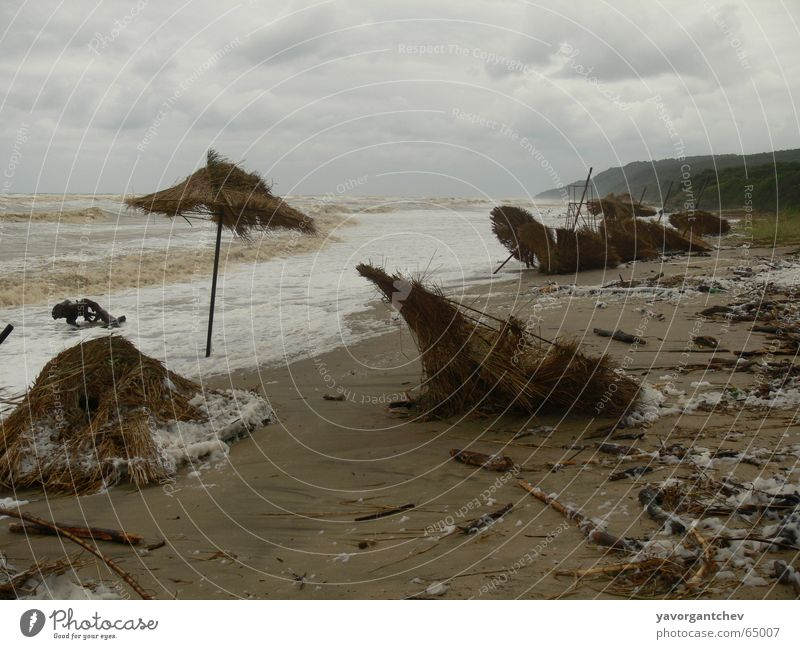 Summer Storm Strand