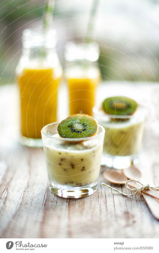 Kiwi Frucht Dessert Speiseeis Süßwaren Ernährung Vegetarische Ernährung Getränk Erfrischungsgetränk Saft Glas Gesundheit lecker grün Farbfoto mehrfarbig