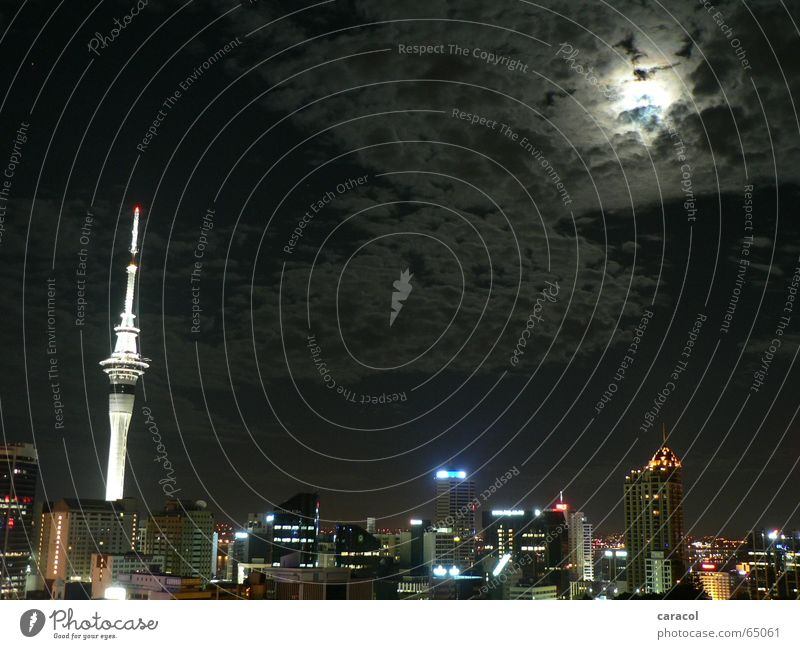 Aotearoa Stadt Wolken Skyline Mond Fernsehturm Neuseeland Auckland Sky Tower
