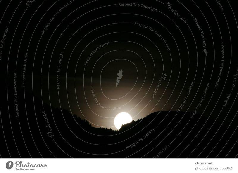 Mond Immenstadt Oberstdorf Nacht Vollmond Allgäu Bayern Mittag Licht Aufschwung hell dunkel Sonnenaufgang Himmelskörper & Weltall Berge u. Gebirge schön Iller