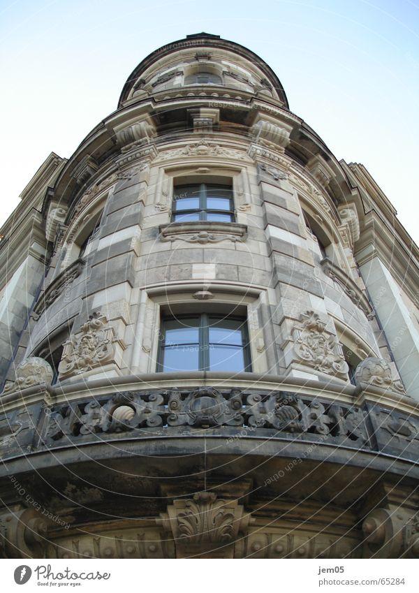 Ansichtssache_Dresden Außenaufnahme Gebäude Fenster Macht Reichtum Architektur
