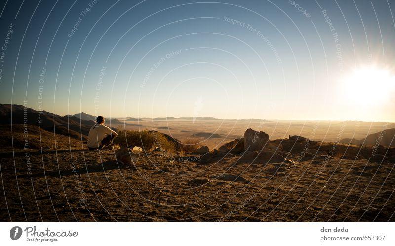Sunset at the Namib Desert 1 Mensch Landschaft Erde Sand Wolkenloser Himmel Sonne Sommer Gras Hügel Felsen Berge u. Gebirge Gipfel Wüste beobachten Erholung
