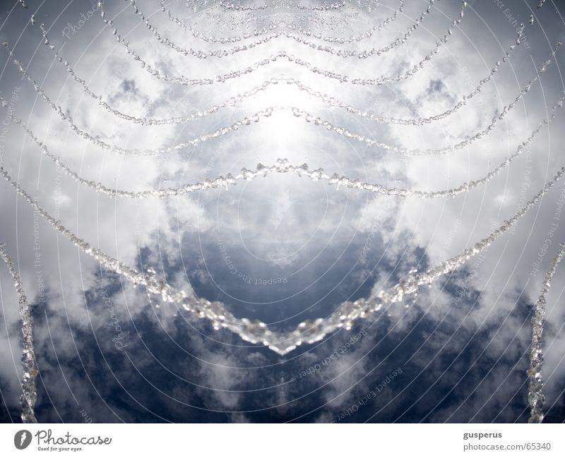 {cool water} Wasser Himmel Sommer Wolken kalt Luft frisch Coolness Strahlung Erfrischung Wasserstrahl