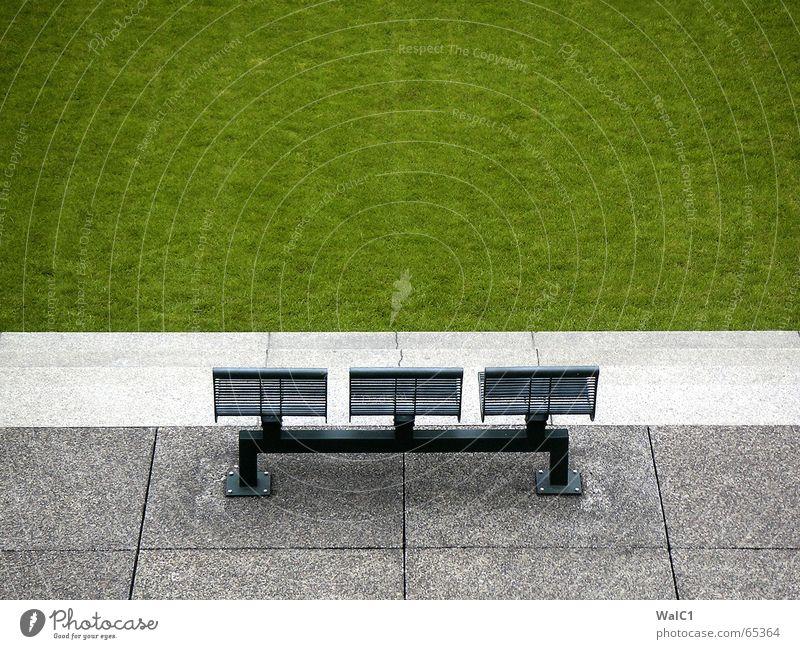 Have a break ruhig Wiese Wege & Pfade Park Beton Rasen Pause Bank Paris Bürgersteig Sitzgelegenheit Sessel Bodenplatten Hocker