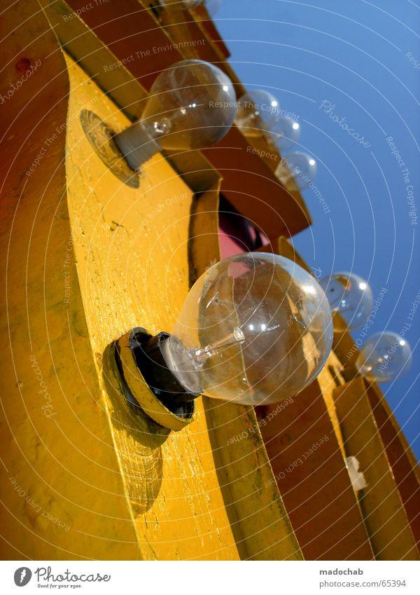 DIESE ZEILE IST SPEEDNIK GEWIDMET blau Freude gelb Lampe verrückt Schriftzeichen Werbung Glühbirne Zirkus Kasse