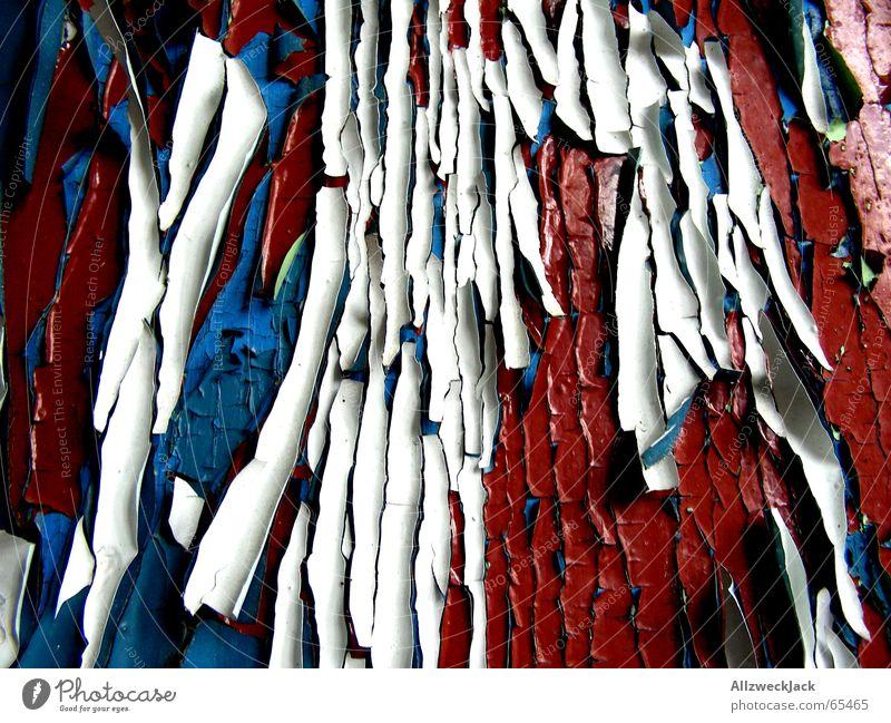 Vielschichtig alt blau rot Farbe Holz Tür kaputt streichen Verfall Frankreich schäbig Schichtarbeit Kruste porös vielschichtig aufgebrochen