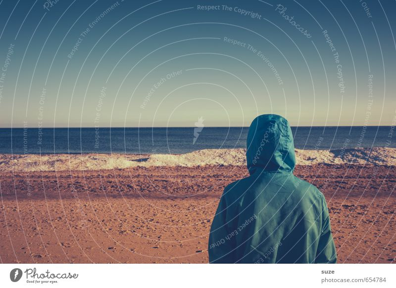 Kann mir mal bitte jemand das Wasser reichen? Lifestyle Ferien & Urlaub & Reisen Meer Mensch maskulin Junger Mann Jugendliche Erwachsene Umwelt Himmel Horizont